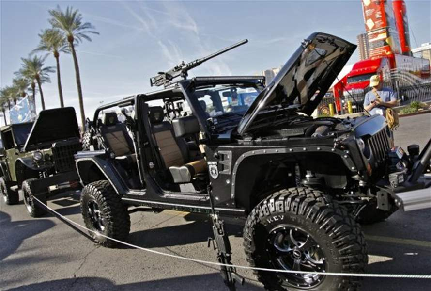 Call-of-Duty-Black-Ops-Jeep-Wrangler-Unlimited