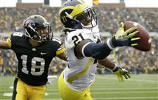 Michigan-Iowa-Football-Junior-Hemingway-Micah-Hyde