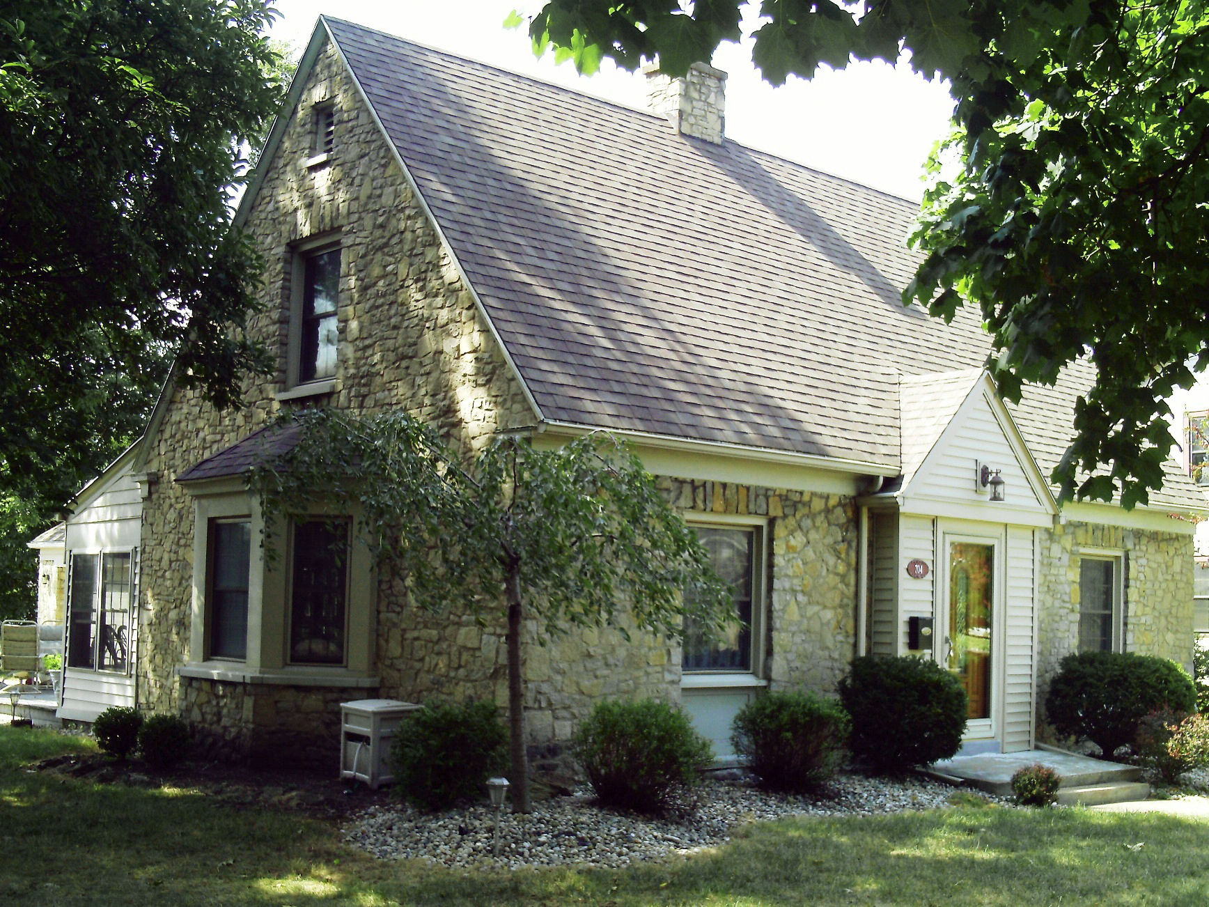 Homes tour to feature old new of neighborhood the blade for Cape cod house