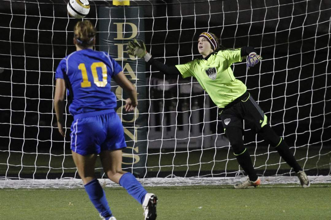 st-ursula-walsh-jesuit-armstrong-winning-goal