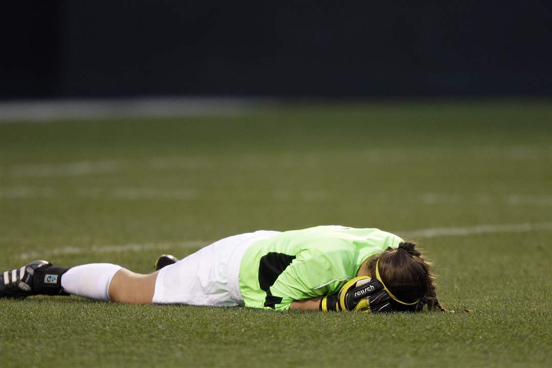 St-Ursula-goalie-Nicole-Vahalik-reacts-to-a-loss-in-the-state-title-game