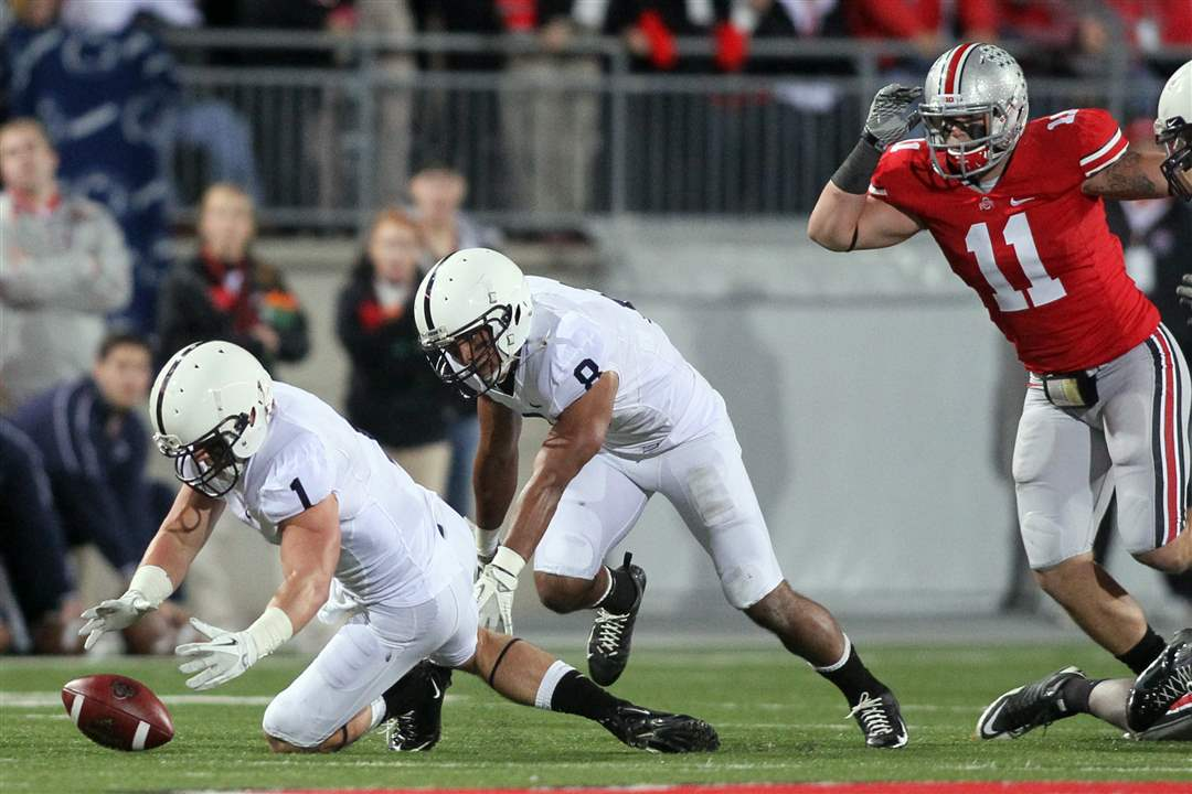 Penn-State-safety-Nick-Sukay-recovers-an-OSU-fumble