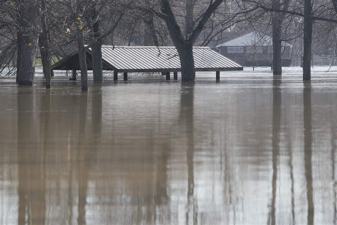 picnic-shelter-flood
