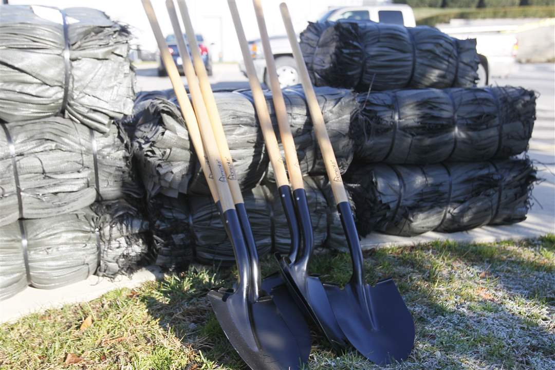 sandbags-and-shovels