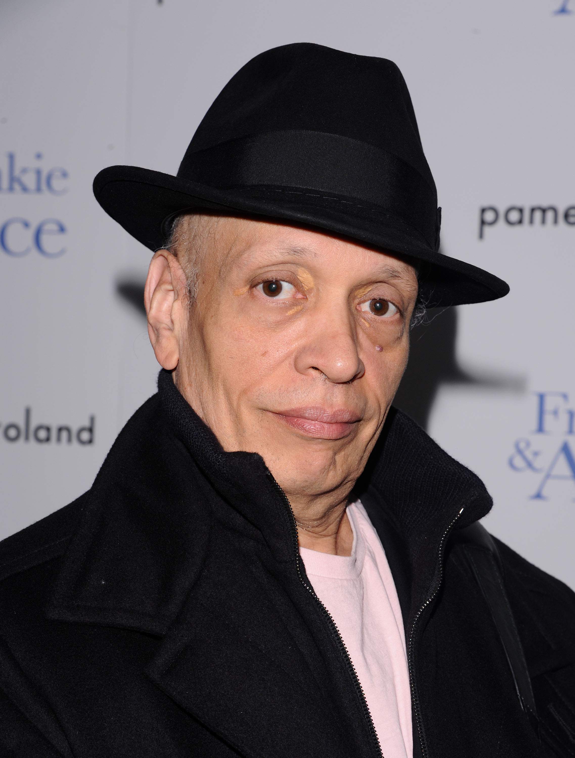 easy does it  author walter mosley brings back his iconic detective hero