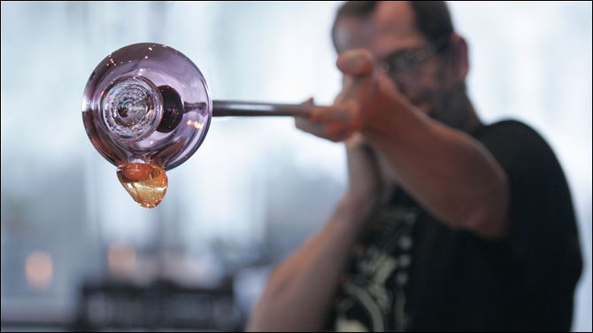 TMA glass blowing Glass-blowing demonstrations are just one of the activities at the Toledo Museum of Art's Great Art Escape.