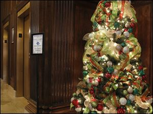 The  Buckeye CableSystem/ Cystic Fibrosis Foundation tree.