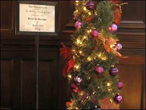 The Bank of Maumee/Make A Wish tree.
