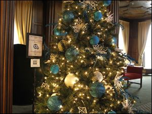 The ABC Action News/ Salvation Army tree.