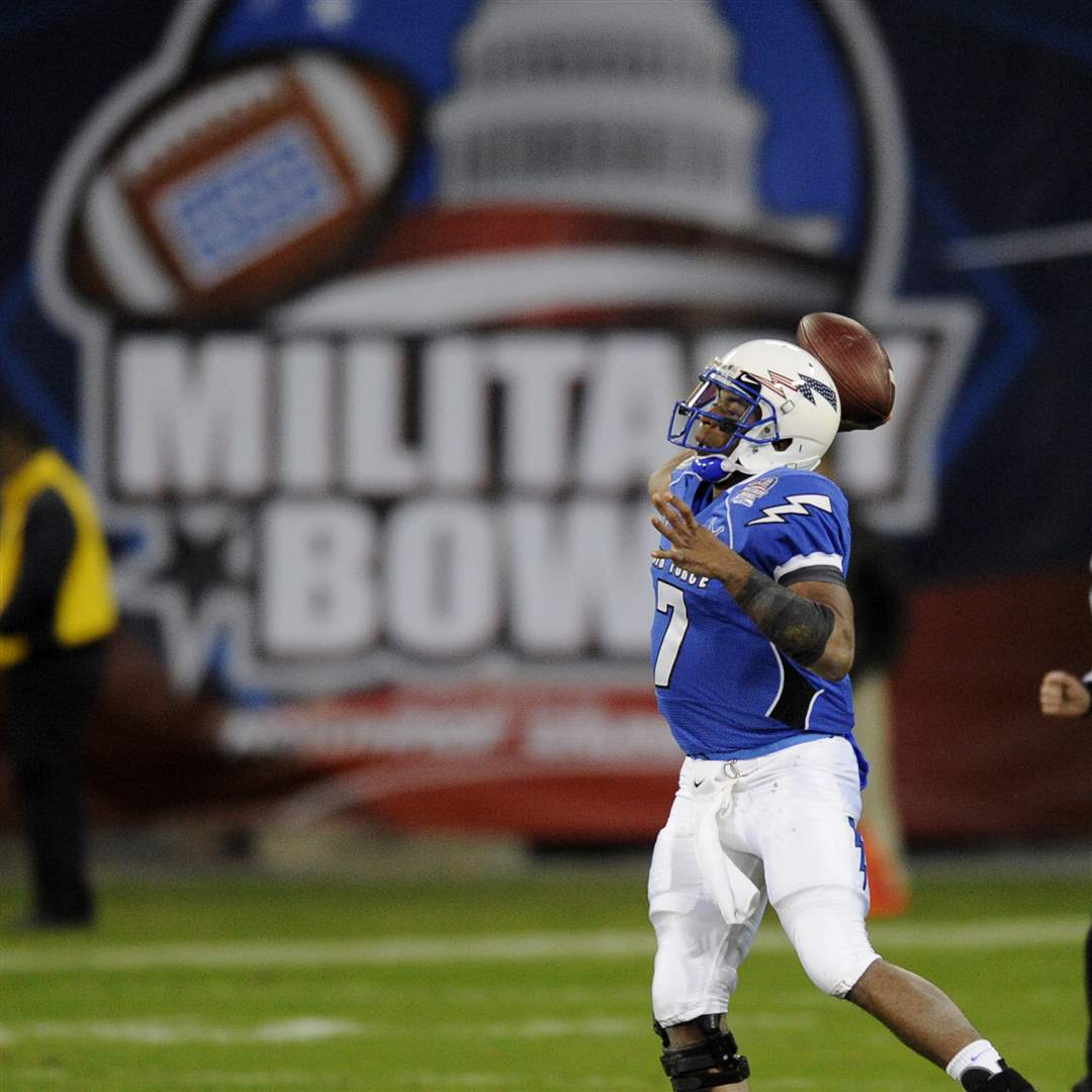 Military-Bowl-Football-UT-Air-Force-Tim-Jefferson
