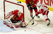 Blackhawks-extend-lead-over-Red-Wings