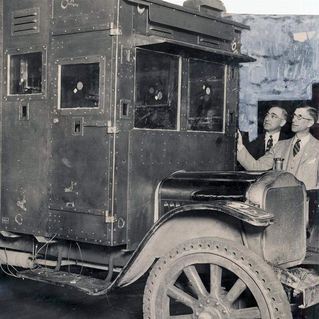 post-office-armored-cab-1928