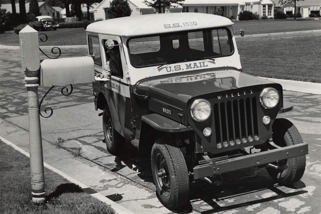 Postal-Service-right-hand-jeep