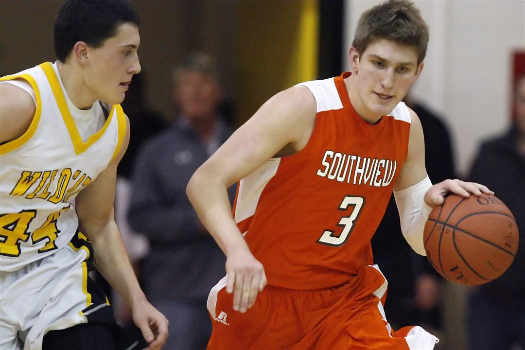 Sylvania-Southview-s-Joey-Vermilya-3-steals-the-ball