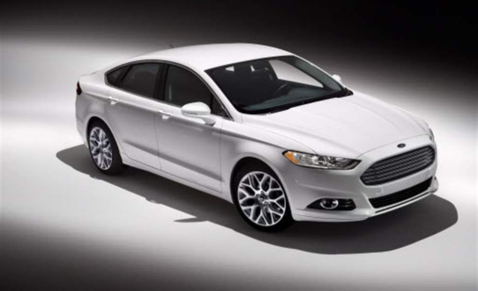 ford-fusion-2013-exterior-01-09-2012