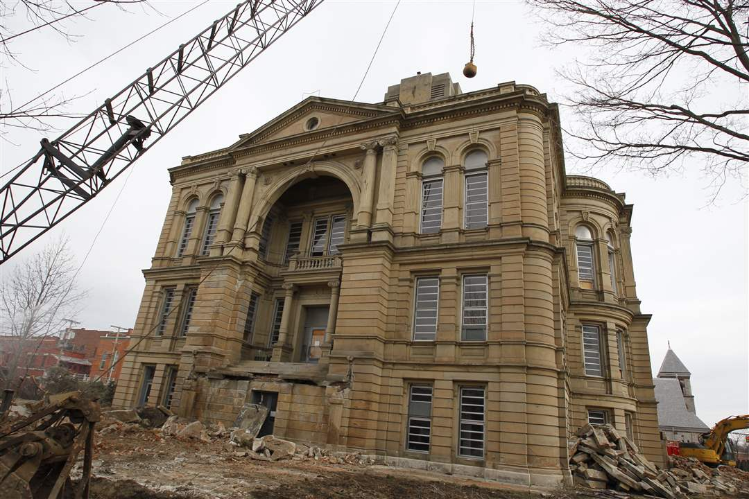 wrecking-ball-courthouse