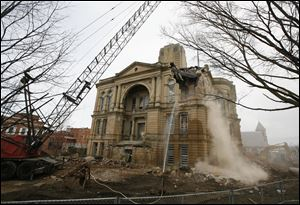 The Seneca County Courthouse in Tiffin, Ohio,  is being demolished.