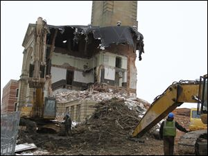 Demolition of the Seneca County Courthouse in Tiffin, Ohio.