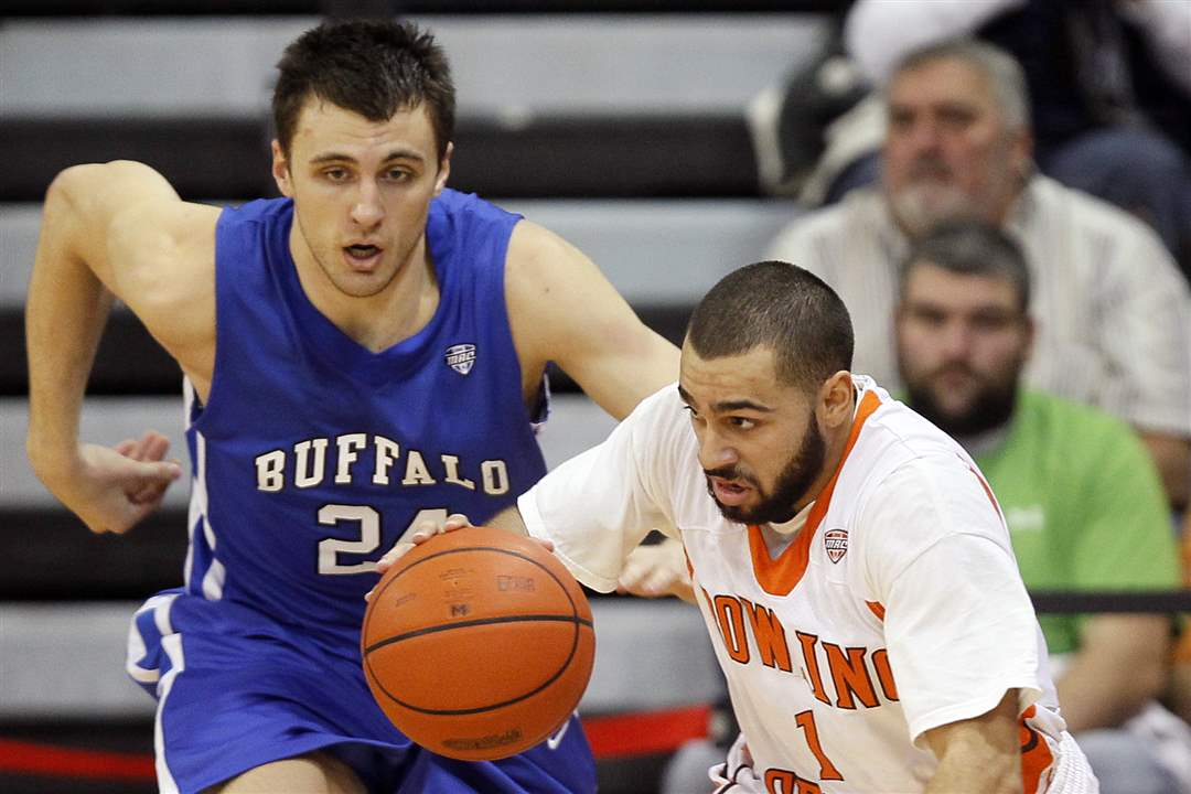BGSU-guard-Jordan-Crawford-steals-a-ball-from-Buffalo-guard-Dave-Barnett