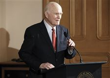 John-Glenn-speaks-during-a-ceremony-in-his-honor