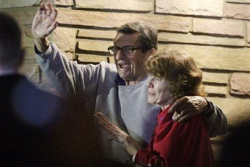 OBIT-JOE-PATERNO-FOOTBALL-15