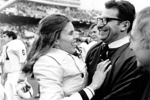 Obit-Joe-Paterno-Football-3