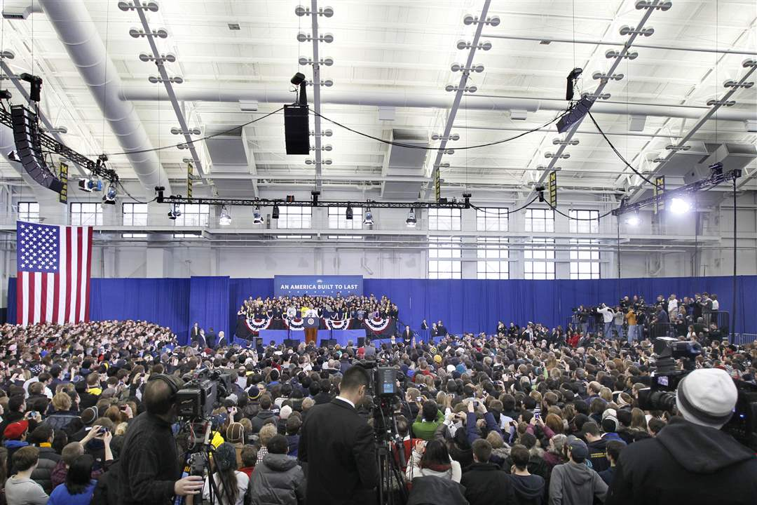 crowd-ann-arbor-obama-1