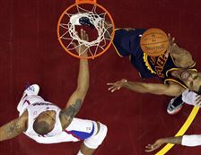 Clippers-Cavaliers-Basketball-2-8