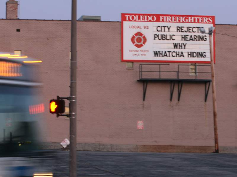 firefighter-union-billboard