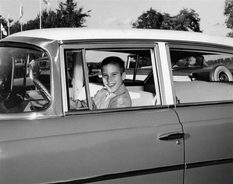 10-year-old-Mitt-gets-behind-the-wheel-of-a-Nash