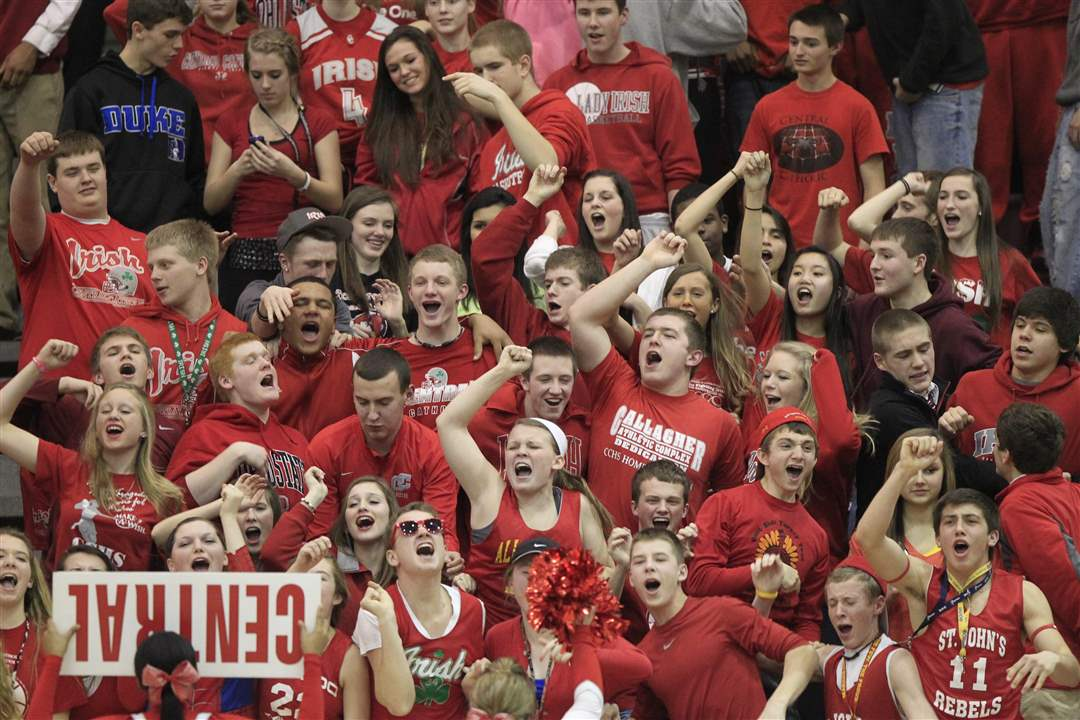 Central-Catholic-students-cheer