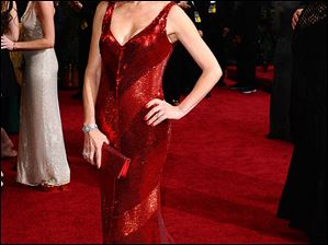 Jane Seymour wowed in red on the the red carpet for the Oscars.