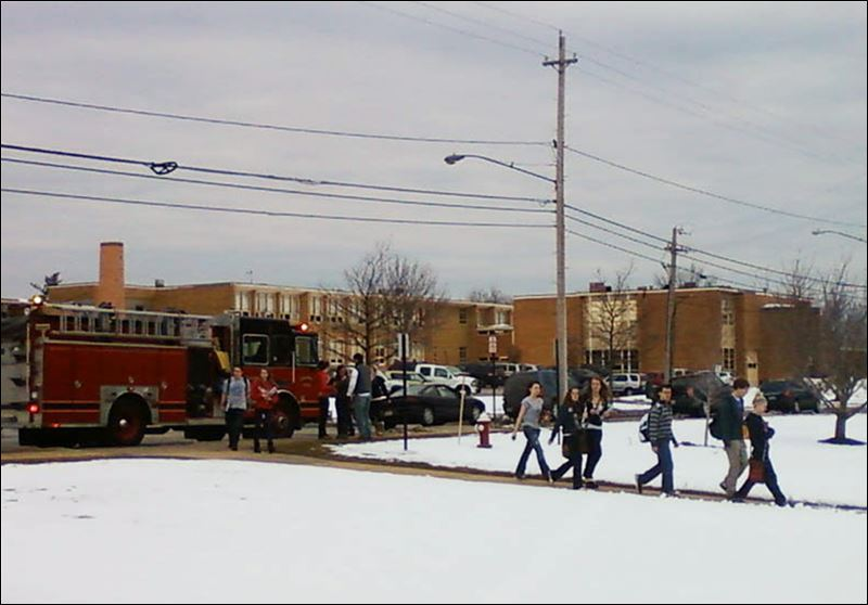 1 dead, 4 hurt in shooting at high school in Chardon, Ohio ...