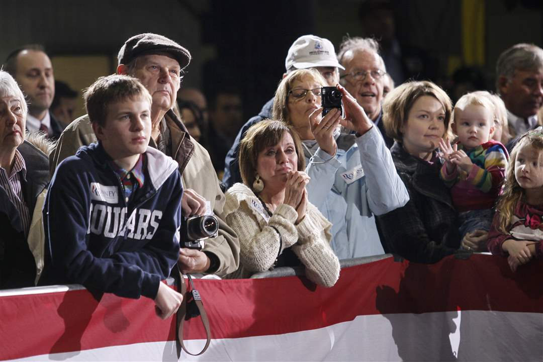 Romney-Toledo-American-Posts-crowd