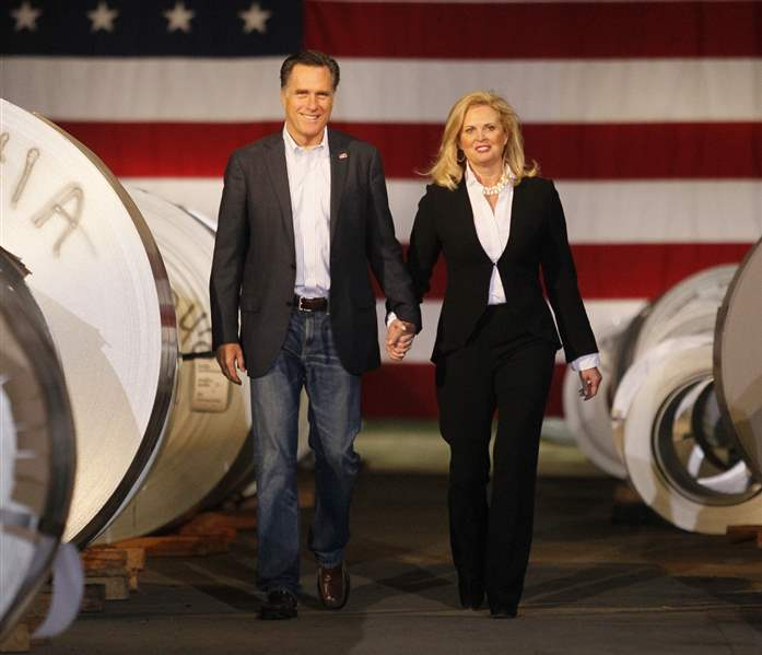 Romney-visits-Toledo-plant-touts-his-business-credentials