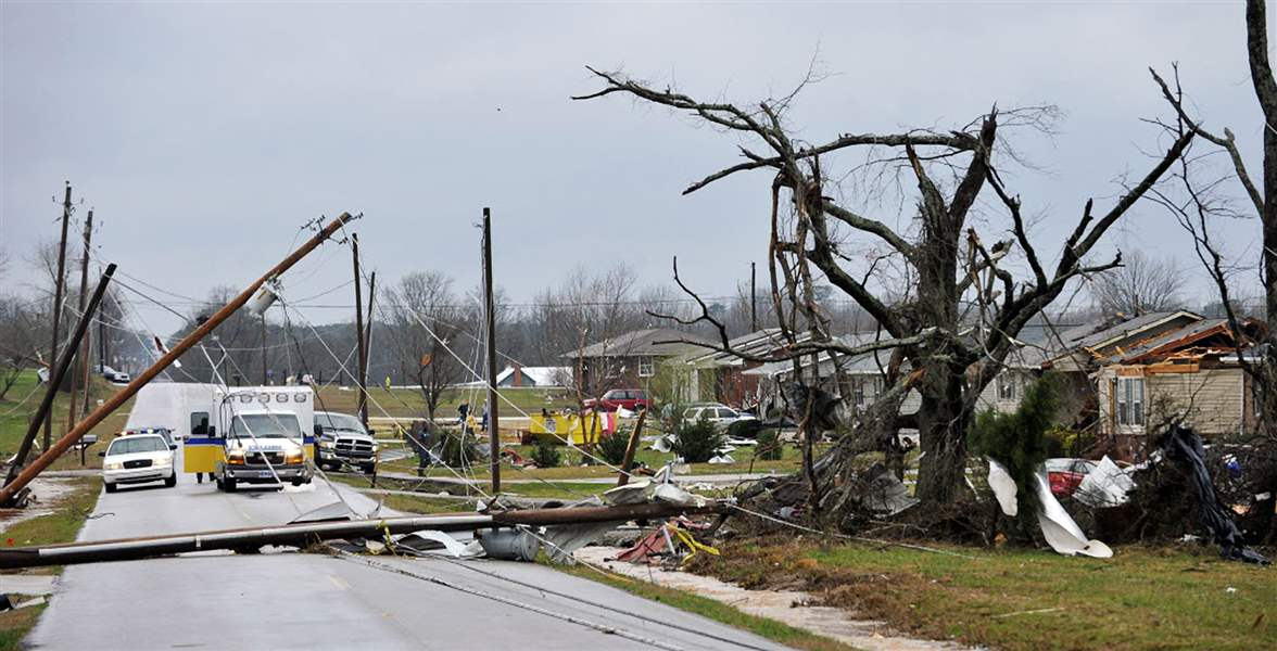 Severe-Weather-downed-lines-Alabama
