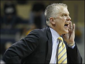 University of Toledo head coach Tod Kowalczyk shouts instructions against Miami..
