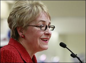 U.S. Rep. Marcy Kaptur won the Democratic primary for the new 9th Congressional District 42,462 to 29,899.