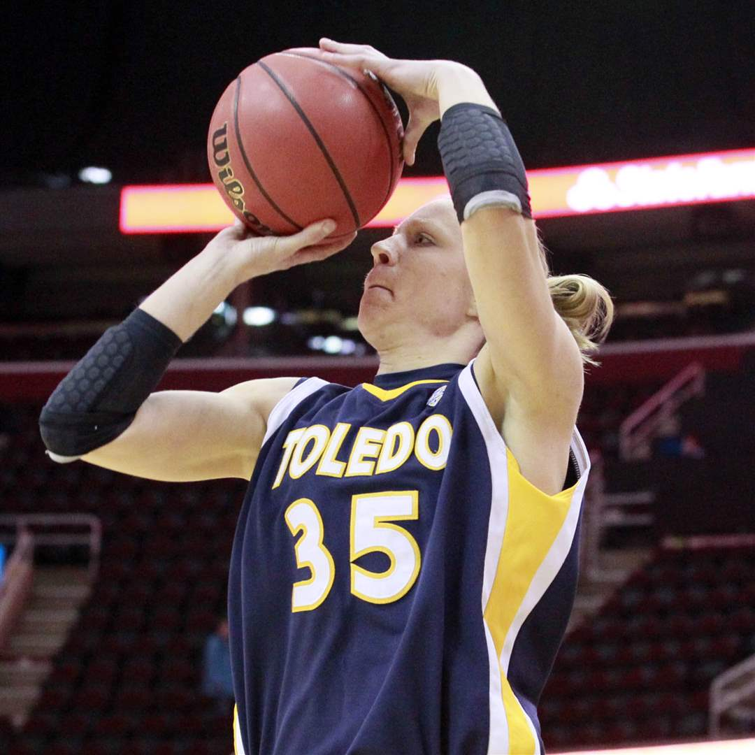 University-of-Toledo-Haylie-Linn-3-pointer