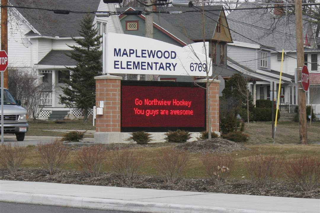 Maplewood-Elementary-School-shows-its-support