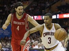 Rockets-Cavaliers-Basketball-Ramon-Sessions-Luis-Scola