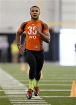 Eric-Page-at-the-annual-pro-day-at-UT