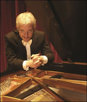 Pianist Michael Boyd will perform a free recital Sunday at the Toledo Museum of Art.