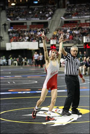 Bedford junior Mitch Rogaliner captures his second Division 1 state championship. He finished 46-2.