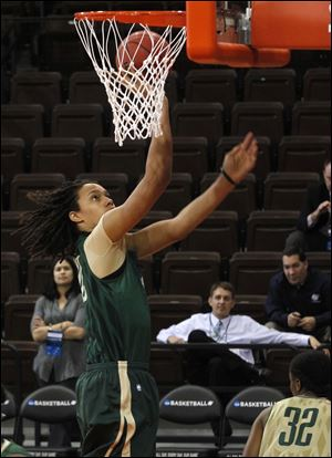 Brittney Griner and her 34-0 Baylor teammates will face UC Santa Barbara Sunday afternoon at Bowling Green State University's Stroh Center.