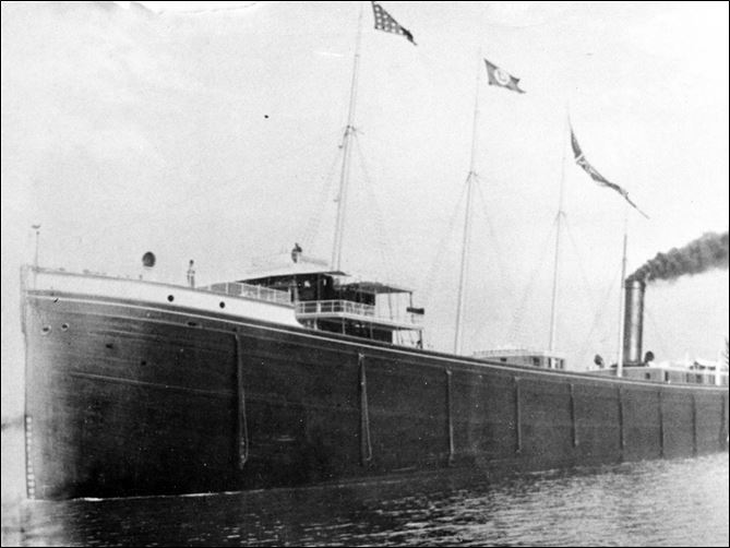 C.B. Lockwood ship sank 1902 east of Cleveland The C.B. Lockwood sank in October, 1902, and its exact location just east of Cleveland has been known ever since. But shipwreck hunters were baffled because the wreck wasn't there. Researchers say that the ship is under the lake bottom.