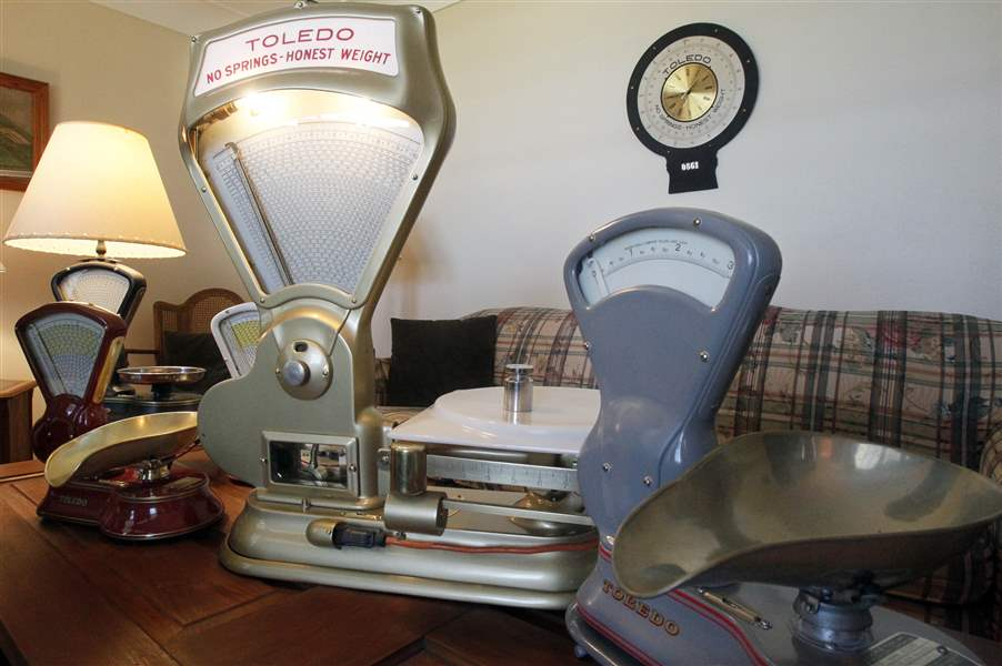 A-collection-of-refurbished-vintage-scales