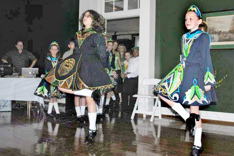 Summer-Irish-Dancers