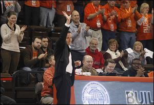 After 11 seasons at Bowling Green, Curt Miller will replace Felisha Legette-Jack, who was fired after six seasons with the Hoosiers.