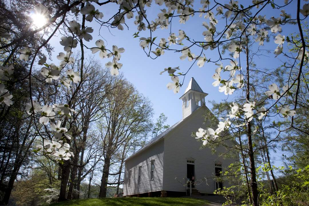 Smoky-Mountains-Cades-Cove-Methodist-Church